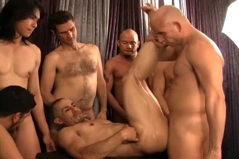 A group Of homo friends All fucking together